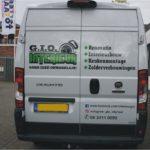 Lettertotaal autobelettering busbestickering Gio interieur