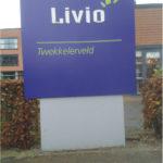 Lettertotaal buitenbord zuil Livio Twekkelerveld Enschede