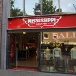 Lettertotaal gevelreclame gevelbord Mississippi jeans