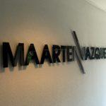 Lettertotaal Gevelbelettering Maarten Vazquez binnen pand